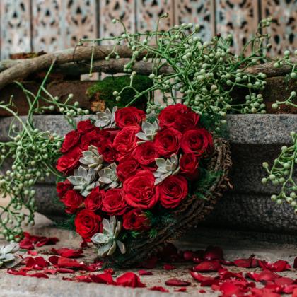 Roses, Red Roses, Romance, Flower Arrangement